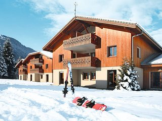 1 bedroom Apartment in Samoëns, Auvergne-Rhône-Alpes, France : ref 5438942