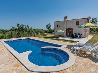 1 bedroom Villa in Žminj, Istria, Croatia : ref 5564094