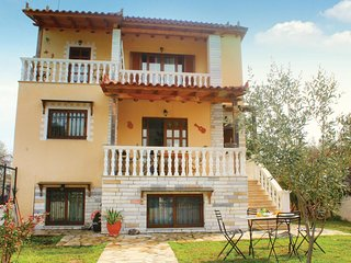 3 bedroom Villa in Agios Konstantinos Oropou, Attica, Greece : ref 5543324