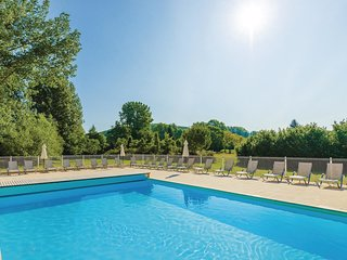 2 bedroom Villa in Montignac-le-Coq, Nouvelle-Aquitaine, France : ref 5550477