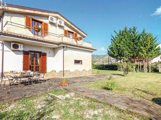 3 bedroom Villa in San Salvatore Telesino, Campania, Italy : ref 5541345