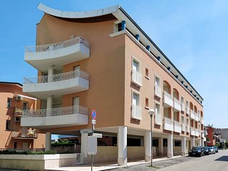 1 bedroom Apartment in Bibione, Veneto, Italy : ref 5434234