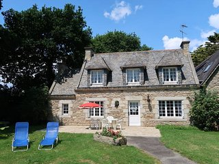 3 bedroom Villa in La Forêt-Fouesnant, Brittany, France : ref 5438181
