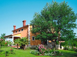 3 bedroom Villa in Santalezi, Istria, Croatia : ref 5638456