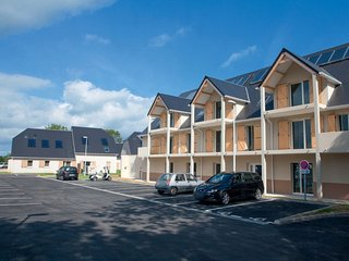 1 bedroom Apartment in Auberville-la-Renault, Normandy, France : ref 5629353