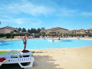 3 bedroom Apartment in Serignan-Plage, Occitania, France : ref 5653461