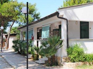 2 bedroom Villa in Vieste, Apulia, Italy - 5438542