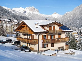 2 bedroom Apartment in Vigo di Fassa, Trentino-Alto Adige, Italy : ref 5655614