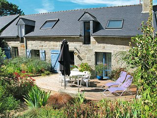 3 bedroom Villa in Tregunc, Brittany, France : ref 5438418