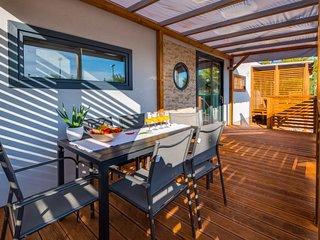 2 bedroom Villa in Vodice, Sibensko-Kninska Zupanija, Croatia : ref 5646536