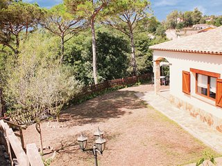 3 bedroom Villa in Montbarbat, Catalonia, Spain : ref 5548104