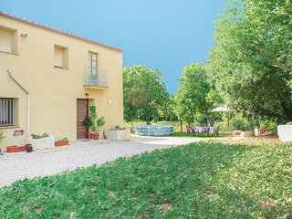 4 bedroom Villa in Llers, Catalonia, Spain - 5674448