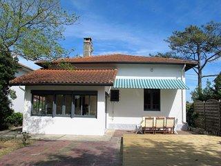 2 bedroom Villa in Mimizan-Plage, Nouvelle-Aquitaine, France : ref 5392724