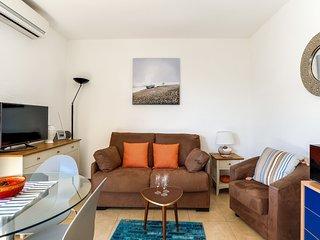 1 bedroom Apartment in Cavalaire-sur-Mer, Provence-Alpes-Côte d'Azur, France : r