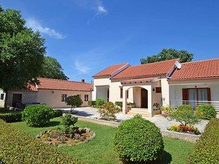 2 bedroom Villa in Buljet, Zadarska Županija, Croatia : ref 5560080