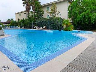 2 bedroom Apartment in Salvo Marina, Abruzzo, Italy : ref 5554536
