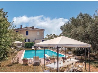 3 bedroom Villa in Il Casone, Tuscany, Italy : ref 5540439