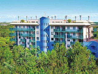 1 bedroom Apartment in Bibione, Veneto, Italy : ref 5680323