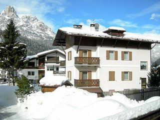 3 bedroom Apartment in Pozza di Fassa, Trentino-Alto Adige, Italy : ref 5651472