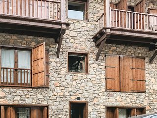 3 bedroom Apartment in Bellver de Cerdanya, Catalonia, Spain : ref 5673615