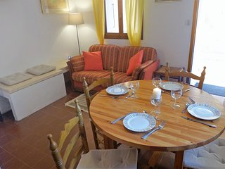 3 bedroom Apartment in Bormes-les-Mimosas, Provence-Alpes-Côte d'Azur, France :