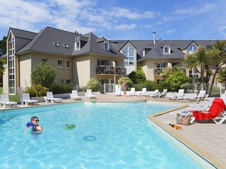 2 bedroom Apartment in Saint-Lunaire, Brittany, France : ref 5642204