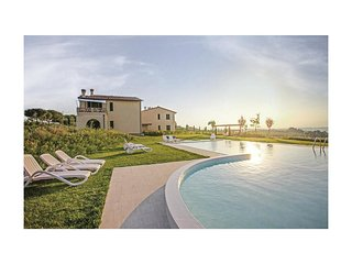 2 bedroom Villa in Cerreto Guidi, Tuscany, Italy : ref 5540236
