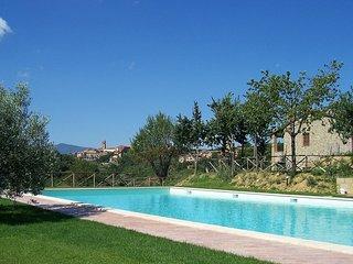 2 bedroom Apartment in Citta della Pieve, Umbria, Italy : ref 5518304
