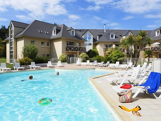1 bedroom Apartment in Saint-Lunaire, Brittany, France : ref 5642476