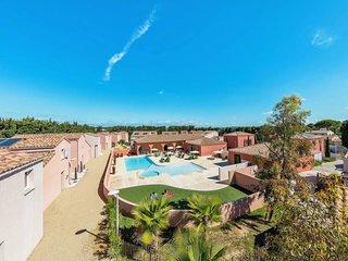 Saint-Christol Holiday Home Sleeps 6 with Pool and WiFi - 5642442
