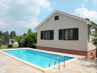 2 bedroom Villa in Tinjan, Istria, Croatia : ref 5638483