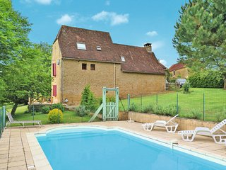 3 bedroom Villa in Saint-Avit-de-Vialard, Nouvelle-Aquitaine, France : ref 56501