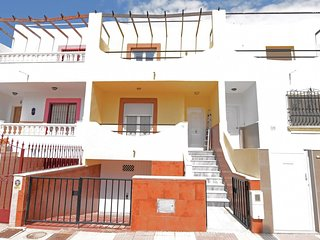 3 bedroom Villa in Roquetas de Mar, Andalusia, Spain : ref 5673148