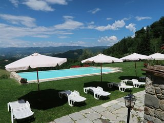 2 bedroom Apartment in Chiesa di Celle, Tuscany, Italy : ref 5655330