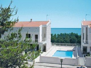 2 bedroom Apartment in Pineto, Abruzzo, Italy - 5444930