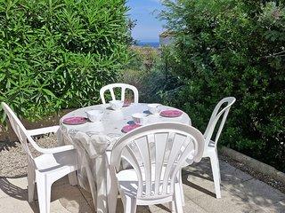 2 bedroom Apartment in Saint-Aygulf, Provence-Alpes-Côte d'Azur, France : ref 55