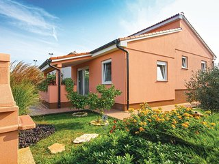 2 bedroom Villa in Peroj, Istria, Croatia : ref 5564305
