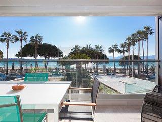 Wonderful and bright apartment on la Croisette sea view