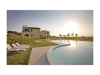 2 bedroom Villa in Cerreto Guidi, Tuscany, Italy : ref 5540237