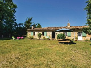 3 bedroom Villa in Landiras, Nouvelle-Aquitaine, France : ref 5565399