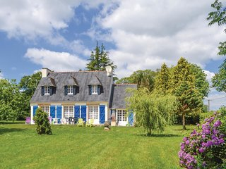 4 bedroom Villa in Lanriec, Brittany, France : ref 5522038