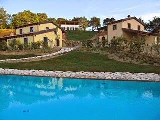 2 bedroom Apartment in Casa Villa, Tuscany, Italy : ref 5226795