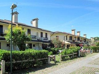 2 bedroom Apartment in Porto Santa Margherita, Veneto, Italy : ref 5656529