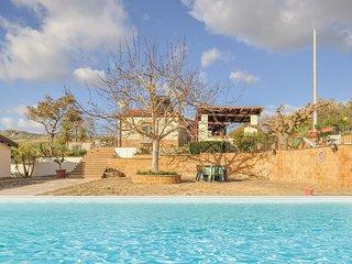 2 bedroom Villa in Pietraperzia, Sicily, Italy : ref 5674543