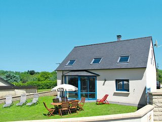 3 bedroom Villa in Kervebel, Brittany, France : ref 5650438