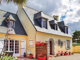 5 bedroom Villa in Kervaliou, Brittany, France : ref 5538929