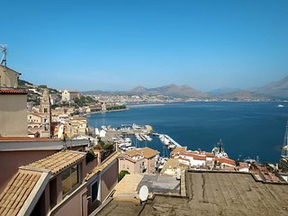 2 bedroom Villa in Gaeta, Latium, Italy : ref 5472784
