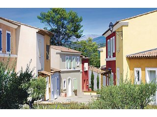2 bedroom Villa in Les Saquetons, Provence-Alpes-Cote d'Azur, France : ref 55516
