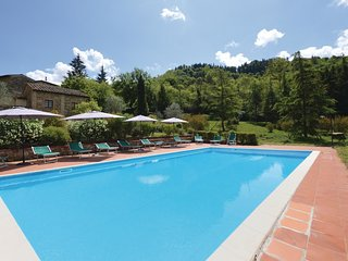 3 bedroom Apartment in Radda in Chianti, Tuscany, Italy : ref 5583327