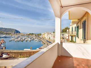 3 bedroom Apartment in Procida, Campania, Italy : ref 5571491